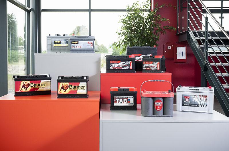 batteries de d marrage pour voiture poids lourds et. Black Bedroom Furniture Sets. Home Design Ideas